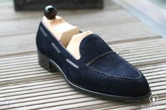 There aren't too many ways you can change a tassel loafer. It's a straight forward design that does not leave room for much else. The exception, as shown here by Laszlo Vass, is …