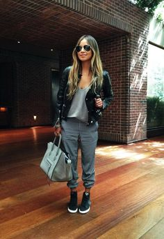 casual fashion for wearing jogger pants