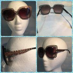NEW ALEXANDER MCQUEEN BRONZE METAL SUNGLASSES Brand new authentic Alexander McQueen bronze metal sunglasses.Comes with original case. Alexander McQueen Accessories Sunglasses