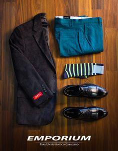 Un auténtico caballero sabe como combinar sus prendas favoritas para lograr un look casual. Style Simple, Style Casual, Men's Style, Casual Wear, Style Hipster, Hipster Man, Style Urban, Men's Outfits, Fashion 101