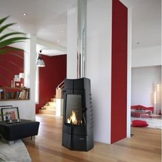 Buy Invicta Chamane 14 kW Wood Burning Stove from Fast UK Delivery and lowest prices guaranteed. Boiler Stoves, Log Burner, Open Plan Living, Wood Burning, Decoration, Hearth, Kitchen Design, How To Plan, Products
