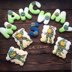 Имбирные пряники Черепашки ниндзя Имбирные пряники с любимыми детскими персонажами станут отличным подарком вашему ребенку и украсят любой детский праздник!