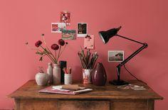 Mix vintage shades to add artistic flair to a plain office space. Coral Kitchen, Terracotta, Dulux Valentine, Nippon Paint, Diy Luminaire, Dulux Paint, Deco Originale, Malva, Calming Colors