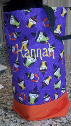 Custom Trick or treat bag. Find us on Facebook for more ideas! Sew cute Chics #halloween #trick or treat