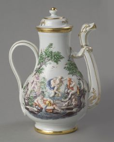 Coffeepot with Lid Made by the Doccia porcelain factory 1750-65
