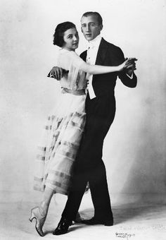 Vernon  Irene Castle.                                  Ginger Rogers and Fred Astaire were in an autobiographical movie about this couple.....good picture, sad.....tm