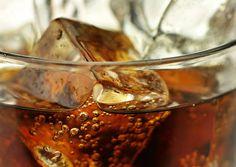 Kymmenen kolan juominen joka päivä kuukauden ajan lihotti ja nosti verenpainetta.