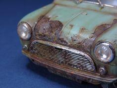 Rusted Mini 1/35 Scale Model