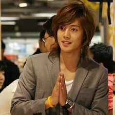 Kim Hyun Joong<3 I'm having a difficult time with young KHJ versus current KHJ. Sometimes I trip over how handsome he is younger with long hair. When I have this trouble all I do is look at his Unbreakable era MV's and or watch Inspiring Generation ep's THIS MAN! He brings my inner Fangirl right back to present tense KHJ every time!