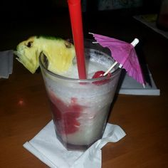 Go to Moose McGilly Cuddys for #happyhour. Either in Kihei Maui or Waikiki Oahu. Both spots have good food and delicious happy hour drinks.