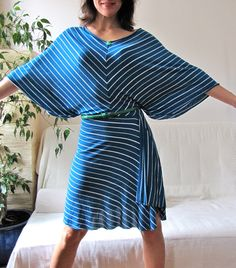 Here it is, the how-to for this great summer dress:      If you'd like to see more pictures of it first, I posted plenty HERE !   What you n...