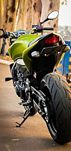 Cb 600 Hornet, Woman Silhouette, Cars And Motorcycles, Honda, Bike, Wallpapers, Vehicles, Cell Wall, Paper