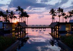 Atardecer en un magnífico hotel de playa