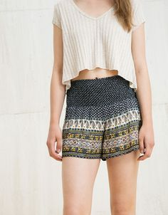 Shorts estampado cintura ancha - Special Prices - Bershka Colombia