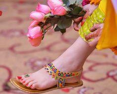 Linda rasteirinha árabe-hindu