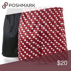 Solid and hearts boxers Product Details Love at first sight. Get in the spirit of Valentine's Day with these men's microfiber knit boxers from Croft & Barrow. In red, black.  PRODUCT FEATURES 2-pack Valentine's Day & solid designs Microfiber Luxuriously soft feel Button fly FIT & SIZING Plush covered elastic waistband FABRIC & CARE Polyester Machine wash Underwear & Socks