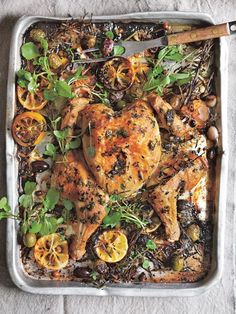We've taken a fresh look at our favourite bird and given it a lighter, nourishing makeover. Using simple, delicious ingredients, create great-for-you dinners with this lemon and olive roasted chicken. Healthy Eating Recipes, Clean Recipes, Diabetic Recipes, Donna Hay Recipes, Roast Chicken Recipes, Recipe For Broasted Chicken, One Dish Dinners, Stuffed Whole Chicken, Cooking
