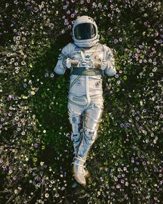 Space Artwork, Wallpaper Space, Galaxy Wallpaper, Astronaut Wallpaper, Aesthetic Space, Psy Art, Galaxy Art, Images Gif, Cute Wallpapers