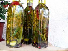 Fűszerolaj házilag Gourmet Gifts, Food 52, Glass Vase, Food And Drink, Bottle, Christmas, Paleo, Home Decor, Natal