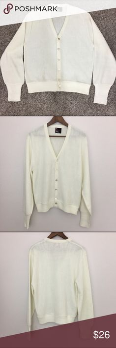 """Robert Bruce Cardigan, V neck, Cream, Medium Robert Bruce Men's Cardigan. V neck. Cream color.  Fabric is 100% orlon acrylic. Machine washable.  Size Medium Armpit to armpit is 21.5"""" Length is 25"""" Approximate only.  Pre-owned in great condition.  Stored in a smoke and pet free household.  Please see pictures for details or asks any questions before buying to avoid return! Robert Bruce Sweaters Cardigan"""