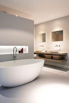 Badkamer: Modern, Landelijk wonen, woonboerderij, villa, Buitenstate