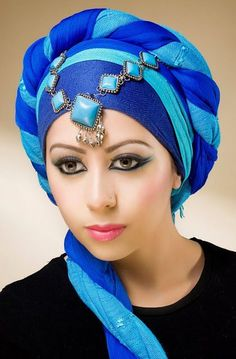 Easy Hijab Style, Simple Hijab, Estilo Fashion, Hijab Fashion, Fashion Black, Fashion Fashion, Fashion Dresses, Vintage Fashion, Moda Hippie