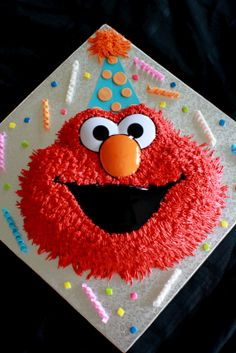 Elmo Cakes for Girls   ... the birthday girl i like to think of them as elmo and baby elmo cakes