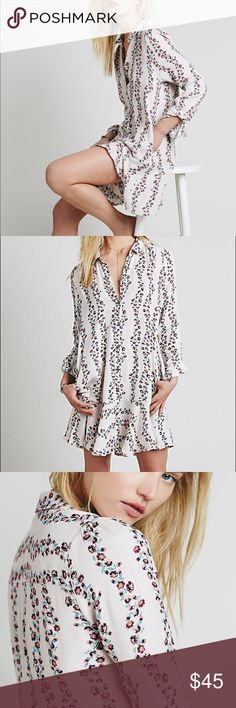 Free People Button Down Shirt Dress Floral button down shirt dress perfect for Spring. Free People Dresses Mini
