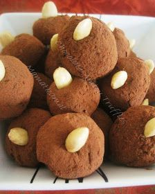Moroccan Cuisine Marocaine: كويرات شكلاط وْ أملو/Chocolate-Amlou Balls/ Boules Au Chocolat et Amlou!