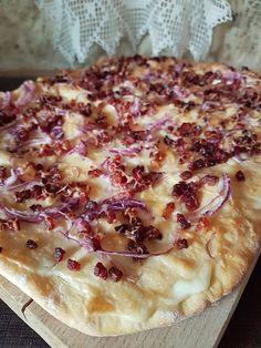 Violettaságok: Kemencés lángos Ring Cake, Grated Cheese, Hawaiian Pizza, Street Food, Scones, Sour Cream, Fries, Keto, Bread