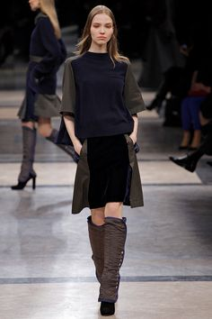 Sacai Fall 2013 RTW - Review - Fashion Week - Runway, Fashion Shows and Collections - Vogue