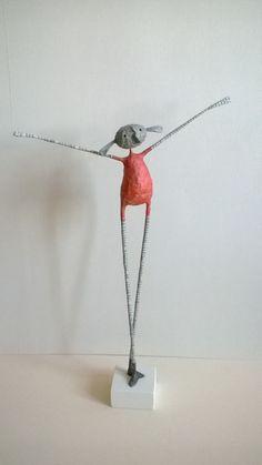 Manualidades Paper Mache Clay, Paper Mache Sculpture, Paper Mache Crafts, Wire Crafts, Paper Clay, Clay Art, Sculpture Art, Paper Art, Diy And Crafts