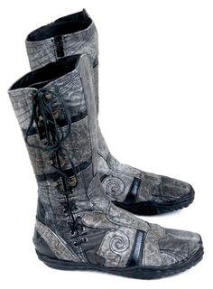 Ayyawear tabi boots!