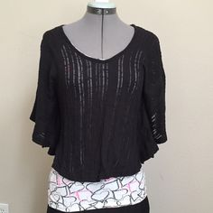 Bundle 3/$15Black Bat Wing Open Weave Sweater Bundle 3 for $15, all items $8 and underBlack Bat Wing Open Weave Sweater. Size tag removed but fits a small, shown on size Small dress form. Pleione Sweaters