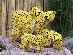Leopards - LEGO Sculpture by Sean Kenney