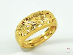 MING'S HAWAII 14K YELLOW GOLD BIRD ON A PLUM DOME RING. SIZE 7 #MingsHawaii #Band