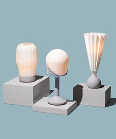 gantri's printed lamps use translucent, diffusing materials 3d Printing Materials, 3d Printing Diy, 3d Printing Service, Lamp Design, 3d Design, Lighting Design, Diy 3d, 3d Printer Designs, Homemade 3d Printer