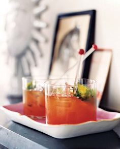 pic: Bourbon and Blood Orange Blast. - Link to recipe. - 10 Party Drinks Bottoms up! Quench guests' thirsts and please their palates with these lively cocktails. Bourbon Cocktails, Holiday Cocktails, Summer Cocktails, Cocktail Drinks, Orange Cocktail, Party Food And Drinks, Fun Drinks, Yummy Drinks, Drinks Alcohol