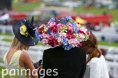 2016 Investec Epsom Derby Festival - Investec Ladies Day - Epsom Racecourse - Images - Press Association Furlong Fashion Racing Style Fashion At The Races Epsom Derby, Ascot, Ladies Day, Style Fashion, Racing, Lady, Running, Auto Racing