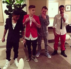 VIDEO: Justin Bieber's Friends Looking To Get Their Own Reality Show!