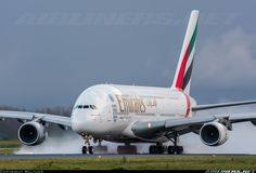 Airbus A380-861 emirates. This airplane is the airplane which I have boarded.