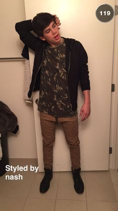 HE LOOKS EVEN HOTTER...NASH HAS STYLE OMG
