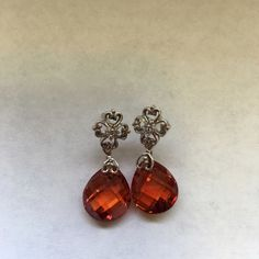 New with tag 5.00 ct Diamond  yes topaz earring New with tag 14K solid white gold with  diamond 5 Ct Tea Color Topaz earring. It's hallmark 14K on the bale. It's wonderful gift for any occasion. Jewelry Earrings