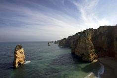 Portugal recebe mais de 40 nomeações para os 'óscares' do turismo europeu - via Fugas Publico 15.04.2014 | Lisboa, TAP, Madeira, Algarve e hotelaria de luxo lideram nomeações lusas aos World Travel Awards europeus. Votação online decorre até 23 de Junho em http://www.worldtravelawards.com/nominees/2014/europe