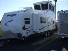 Watch RV Virtual Tours Online To See RV Features Not Revealed In Photos | Fun Times Guide to RVing