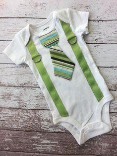 ideas baby boy fashion formal for 2019 Country Hats, Country Outfits, Onesie Dress, Baby Dress, Baby Girl Announcement, Crochet Romper, Boys Ties, One Piece Bodysuit, Baby Boy Fashion
