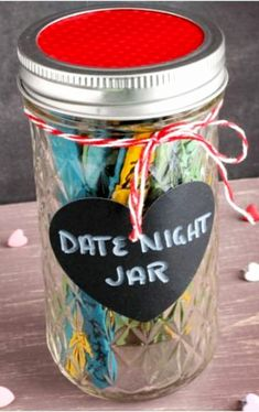 26 Homemade Valentine Gift Ideas For Him – DIY Gifts He Will Love DIY Valentines Day gift and homemade gift ideas for Valentine's Day Handmade Gifts For Boyfriend, Handmade Gifts For Him, Valentines Gifts For Boyfriend, Diy Crafts For Gifts, Boyfriend Gifts, Valentine Day Gifts, Boyfriend Birthday, Boyfriend Ideas, Surprise Boyfriend