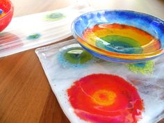 Visit the post for more. Glass Fusion Ideas, Fused Glass Plates, Plates And Bowls, Art Decor, Stained Glass, Glass Art, Porcelain, Crafts, Inspiration