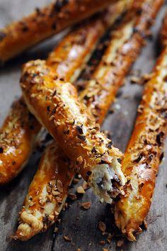 Dorian cuisine.com Mais pourquoi est-ce que je vous raconte ça... : Le samedi c'est retour vers le futur... Allumettes choco'noisettes !