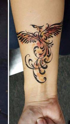 27 Ideas tattoo bird phoenix beautiful for 2019 Feather Tattoos, Leg Tattoos, Body Art Tattoos, Tribal Tattoos, Tattoo Bird, Tatoos, Phoenix Tattoo Feminine, Phoenix Tattoo Design, Tattoo Phoenix